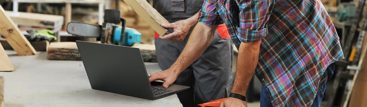 Lenovo ThinkPad X390jest kolejnym, świetnie wyposażonym i przemyślanym urządzeniem z serii ThinkPad marki Lenovo.